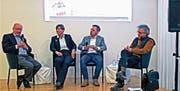 HEV-Präsident Walter Locher, Stadtplanerin Monique Trummer, Moderator Boris Reichardt, Naturschützer Christian Meienberger. (Bild: Fritz Bichsel)