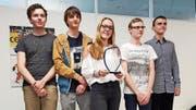Geschichte für den SC Gonzen geschrieben: Anton Künzi, Dario Bischofberger, Anna Adzic, FM Fabian Bänziger und Jan Selinga. (Bild: PD)