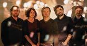 Treten wieder ins Scheinwerferlicht: Frantic mit Mike Sarbach, Barbara Egli, Christoph Inhelder, Michael Gysel und Nik Häne. (Bild: PD)
