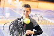 Der 13jährige Tinko Schnegg aus Oberaach hat eine Schwäche für Ballspiele. Er ist im Racketlon U13-Weltmeister. (Bild: Donato Caspari)