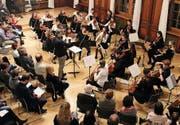 Das Orchester Vivace und das Jugendorchester Thurgau spielen unter der Leitung von Gabriel Estarellas Pascual. (Bild: Barbara Hettich)