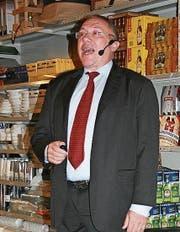 Albert Baumann, Unternehmensleiter der Micarna AG, referierte in Zuzwil. (Bild: Florian Beer)