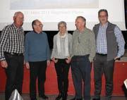 Vorstand in neuer Zusammensetzung (von links): Alex Pfiffner und Sepp Willi (bisher); Erika Schlumpf (neu), Hans Lutziger, neuer Präsident; David Wyss (neu). (Bild: Hans Hidber)