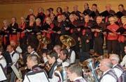 Der Frauen- und Männerchor Ottoberg singt am Sonntagabend zum Spiel des Musikvereins Märstetten. (Bild: PD)
