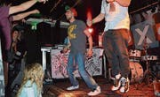 Die Rapper Arineff & Mizzy unterhalten mit lässigen Sprüchen und einer Ode an Frauenfeld. (Bild: Aylin Erol)