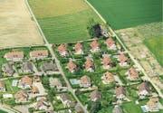 Bauern, die durch Umzonung zu Bauland gekommen sind, sollen doch nicht privilegiert werden. (Bild: Laurent Gillieron/KEY (Etoy, 13. Mai 2013))