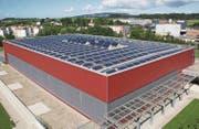 Die Photovoltaik-Anlage liefert auch Energie, wenn der Himmel bewölkt ist. Tageslicht reicht für die Stromproduktion aus. (Bild: PD)