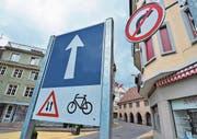 Während des Provisoriums vor drei Jahren rollte der Verkehr vom Marktplatz zum Obertor einspurig durch die Hauptstrasse. Künftig soll es in die umgekehrte Richtung gehen.