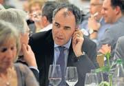 Christophe Darbellay im angeregten Gespräch mit Goldachs Gemeindepräsident Thomas Würth (links). (Bild: Corina Tobler)
