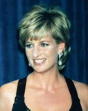 Die unreflektierte Anbetung von Lady Diana ist einer realistischeren Bewertung gewichen. (Bild: Mark Lennihan/AP (11. Dezember 1995))