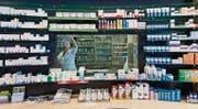 Patienten stehen im Krankheitsfall vor der Qual der Wahl: Welches Medikament ist am besten für die Genesung geeignet? (Bild: ky/Gaëtan Bally)