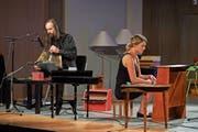 Sie spielen Chopin in der Kinderstube: die polnische Gruppe Male Instrumenty und ihr seltsames Arsenal. (Bild: Davos Festival)