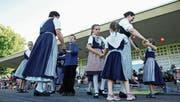 Seit Jahren begeht Münchwilen den Nationalfeiertag bereits am 31. Juli – hier mit der Kindervolkstanzgruppe Lauchetal. (Bild: Olaf Kühne (31. Juli 2013))