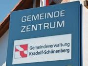 In Kradolf-Schönenberg könnte es 2016 zu einer Ersatzwahl des Gemeindepräsidenten kommen. (Bilder: Georg Stelzner)
