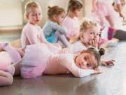 Tanzunterricht für Dreijährige: Ballettstunde in Frauenfeld an der Ballett- und Gymnastikschule. (Bild: Andrea Stalder)