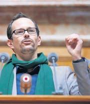 Rechnet mit der Ecopop-Initiative ab: Balthasar Glättli von den Grünen. (Bild: ky/Peter Klaunzer)