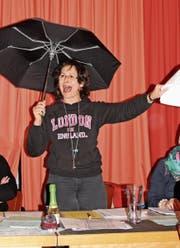 Die Präsidentin des Damenchors Balterswil, Beatrix Gloor, führte humorvoll durch die Jahresversammlung (Bild: PD)