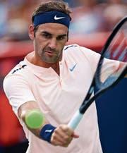 Roger Federer kann in zehn Tagen die älteste Nummer eins der Geschichte werden. (Bild: André Pichette/EPA)