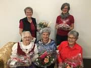 Zufriedene Vereinsmitglieder: Claire Müller, Käthi Kündig (hinten von links), Luise Saxer, Marianne Spitz und Anna Schlegel (vorne von links). (Bild: PD)