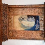 In der diesjährigen Ausstellung in der Kobesen ist dieser Webteppich von Verena Lehmann in einem Rahmen, den ihr Vater schuf, zu sehen. (Bilder: Zita Meienhofer)