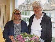 Lea Campi Klauser (links) leitet seit zehn Jahren die Geschäftsstelle von Pro Juventute AR. Rechts Präsidentin Annelise Dick-Schwab. (Bild: hü)