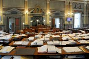 Blick in den Kantonsratssaal von St.Gallen. (Bild: REGINA KUEHNE (KEYSTONE))