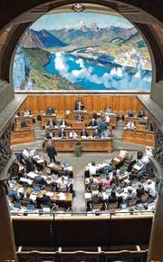 Das Parlament lässt den Bundesrat immer wieder auflaufen. (Bild: ky/Peter Schneider)