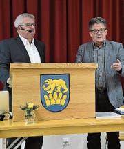 Gemeindepräsident Fredy Oettli und Marcel Tanner vom Amt für Umwelt. (Bild: Monika Wick)