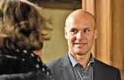 Stadtpräsident Andreas Balg im Schloss: «Bei diesem kleinen Kreis erübrigt sich eine Diskussion in Gruppen an den Tischen. (Bild: Max Eichenberger)
