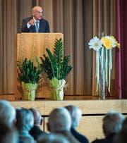 Alt Bundesrat Hans-Rudolf Merz während seiner Festrede zum Thema «Alles ist relativ». (Bild: Reto Martin)