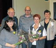 Angelika Näf, Elisabeth Dörig und Albin Sonderegger mit Thomas Brocker und Theresia Imgrüth Nachbur vom Zentralvorstand. (Bild: PD)
