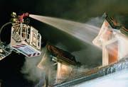 Brandruine an der Rosenstrasse weicht Neubau (Bild: Max Eichenberger)