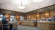 Mit der Einführung der fünf ständigen Kommissionen wird der zeitliche Aufwand für ein Kantonsratsmandat steigen. (Bild: Ralph Ribi)