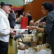Über 30 Aussteller beim vierten Koffermarkt in Salez (Bilder: Corinne Hanselmann)
