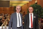 Heinz Zingg (Präsident des Verwaltungsrates) und Jürg Baumgartner (Vorsitzender der Bankleitung). (Bild: Denise Linder)