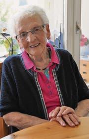 Monika Brunner lebt seit eineinhalb Jahren im Altersheim Wier. Sie freut sich, dass dort so viel läuft. (Bild: Sabine Schmid)