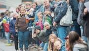 Auch der diesjährige Olma-Umzug dürfte wieder zahlreiche Zuschauer an den Strassenrand locken. (Bild: Urs Bucher (St. Gallen, 10. Oktober 2015))