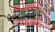 Auch hinter den einladenden Fassaden (Haus zur «Traube») alles im Lot: Die Gemeinde Roggwil ist gut aufgestellt. (Bild: Max Eichenberger)