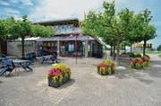 Neuer Anlauf mit einem neuen Pächter: Das Restaurant beim Arboner Seeparksaal. (Bild: Max Eichenberger)