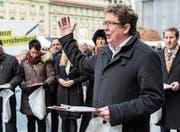 Die SVP – im Bild Präsident Albert Rösti – sammelt bald wieder Unterschriften. (Bild: Anthony Anex/KEY (Bern, 28. November 2016))