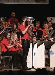 Die Young Winds spielen vor rund 300 Zuhörer. (Bild: Richa Huber)