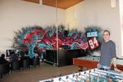 Jugendarbeit-Leiter Daniel Bernet im neuen Jugendtreff «Block 94» in Rorschach. (Bild: Perrine Woodtli)