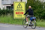 Die Gegner der Energiestrategie 2050 befürchten, dass die Schweiz bei einem Ja ausländischen Strom importieren müsste. (Bild: WALTER BIERI (KEYSTONE))