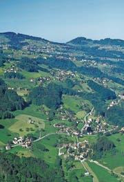 Lutzenberg mit seinen verschiedenen Weilern verfügt über gemeindeeigenes Landwirtschaftsland. (Bild: APZ)