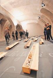 Steffenschönis Installation «Core» (2012) auf Joseph Kosuths «Verstummter Bibliothek» im Kunstmuseum. (Bild: Donato Caspari)