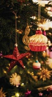 Wann Wurde Der Geschmückte Weihnachtsbaum Populär.Silberkugeln Und Weisse Watte St Galler Tagblatt