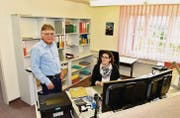 Gemeindeschreiber Peter Alder hat das Büro, in dem er 20 Jahre lang gearbeitet hat, bereits seiner Nachfolgerin Stephanie König übergeben. (Bild: Mario Testa)