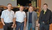 Präsident Ernst Graf ehrte Alfred Stricker, Ruedi Hohl und Hans Brülisauer. (Bild: mbr)