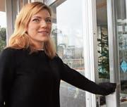 Ob Nina Haag-Berlinger die Türe zum Wilener Primarschulpräsidium für sich aufstösst, entscheidet sich am 26. März. (Bild: Simon Dudle)