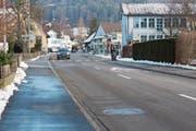 Die Unterdorfstrasse ist in einem schlechten Zustand und soll im Jahr 2019 saniert werden. (Bild: PD)
